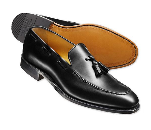 los zapatos portada