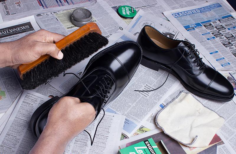 Como limpiar los zapatos adecuadamente