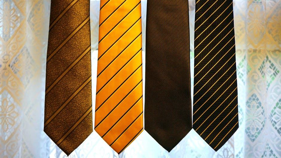Cómo cuidar correctamente de tu corbata imagen