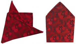 pañuelo seda rojo flores 1